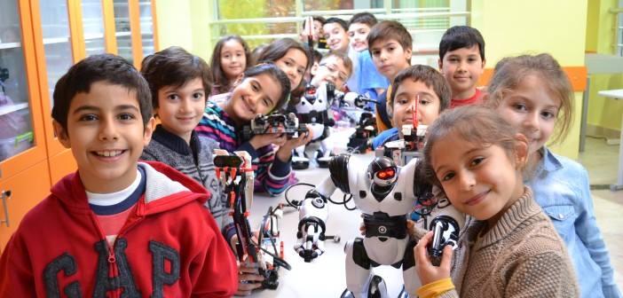 Üsküdar Çocuk Üniversitesi Robot Eğitimleri